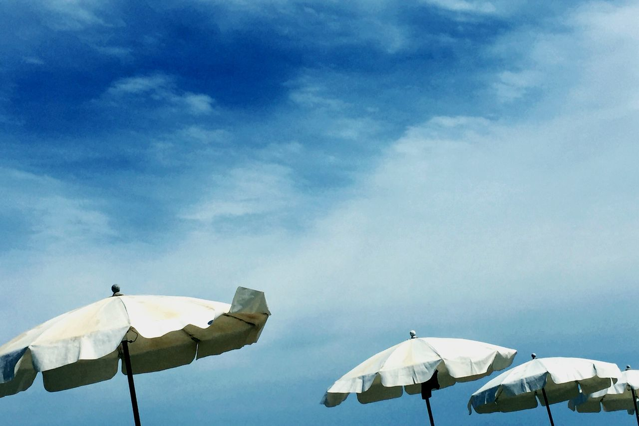 Beautiful stock photos of umbrella, Beach, Cloud - Sky, Cloudy, Day