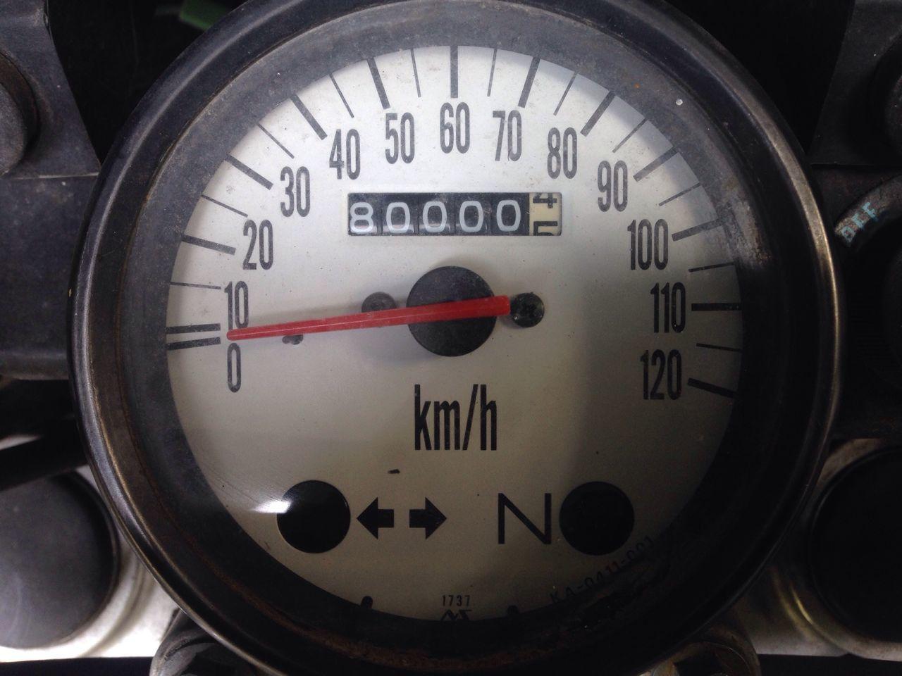 Gauge Number No People Speedometer Clock Face Accuracy Close-up Day Meter - Instrument Of Measurement Miles Away Kilometers