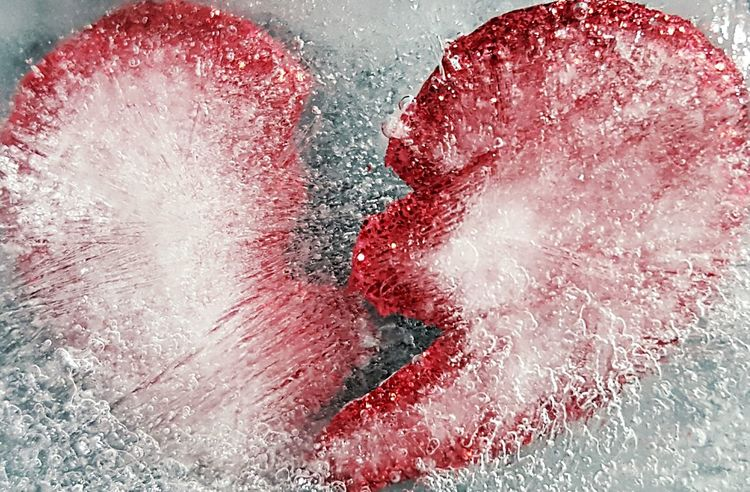Broken Heart Cold Hearted Frozen Heart  Ice Princess Ice Cold Shattered Iced Over Shattered Heart Shattered Dreams Fine Art Photography Abstract Abstractart Heartbroken Sad Sad & Lonely Broken Solitude