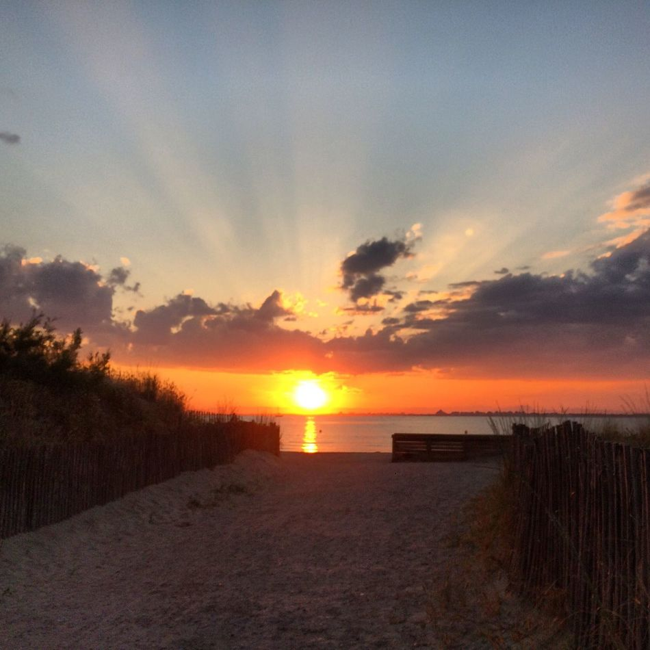 Calme méditerranéen - Travel Photography The Great Outdoors - 2016 EyeEm Awards EyeEm Nature Lover Plage Beachphotography Sunset Sunset_collection Portcamargue Southoffrance Mediterranean  Iphone5s Photography - June 2016