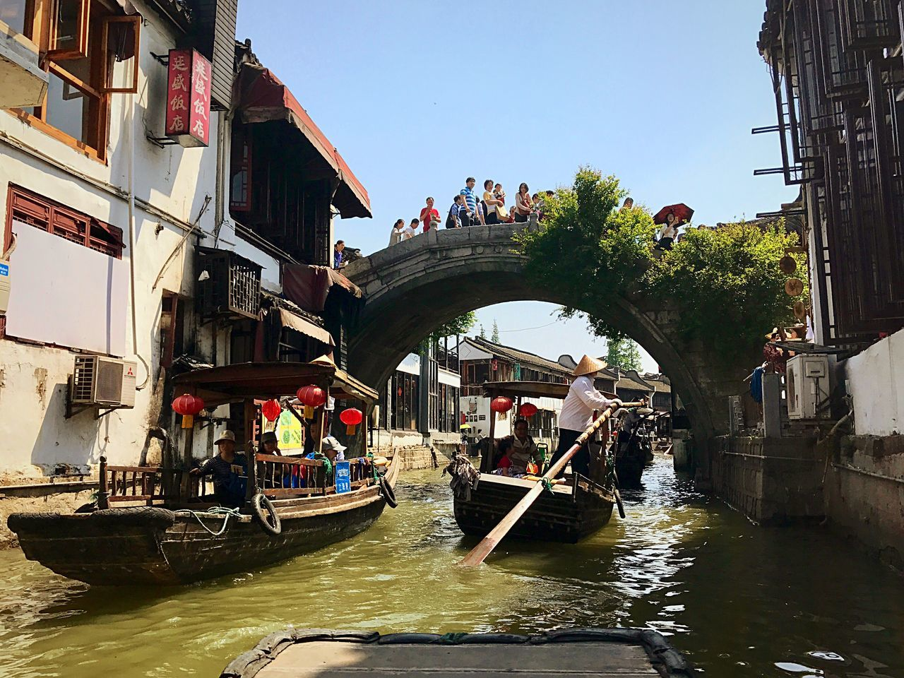 Architecture Nautical Vessel Building Exterior Built Structure Canal Transportation Water Day Waterfront Outdoors Large Group Of People Gondolier Gondola - Traditional Boat People Real People Rowing Men Oar Adults Only Adult Zhujiajiao Zhujiang River