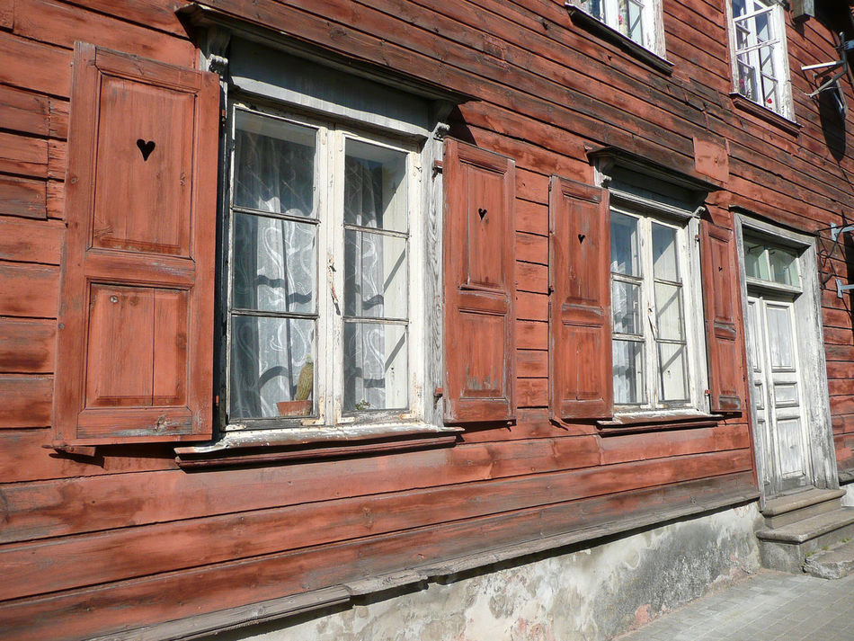 Architecture Blinds Building Built Structure Day Entrance Façade Heart Heart-shaped Lattice-blind Latvia Latvija Lettland  Old Outdoors Red Facade Travelling The Baltic States Travelling The Baltics Window Shutter Window Shutters Withered  Withered Faca Wood House Wooden Vidzeme