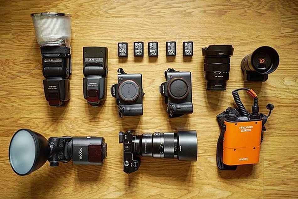 Getting ready for tonight's event! Today I am the girl with gear😂😂 Hard work pays off eventually. I am looking forward for new stories and adventures 😄😄 Photography life is so beautiful 😎 Weddingday  Photoshooting Photographerlife Wedding Gear Geartalk Sonya7II Sonya7m2 Sonya6000 Sony Zeiss Sonya7 Transmitter Godox Photography Artist Baptism Party Partyhard Event London Paris Romaniangirl Romania Bebrave  work hard lifeisgood bohostyle