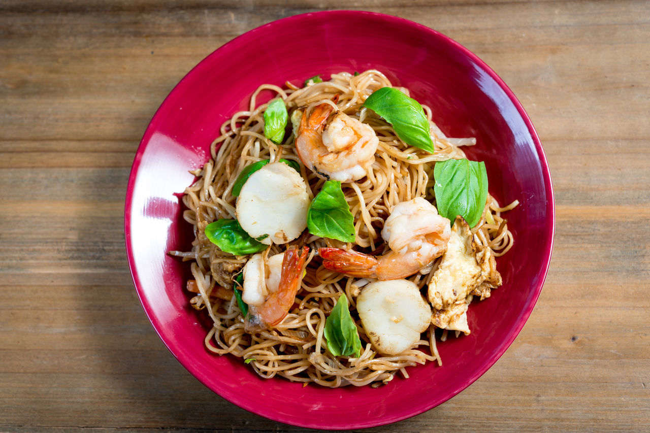 Asian Food Asian Foods Close-up Comfort Food Cooked Cultures Food Food And Drink Freshness Fried Noodle Garnish Gourmet Healthy Eating Indoors  Main Course Meal No People Plate Ready-to-eat Shrimp Thai Food