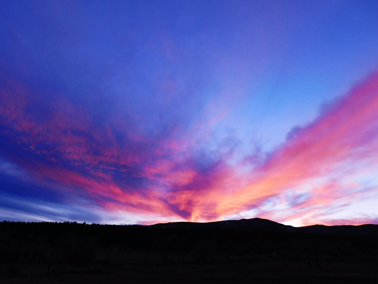 Sunset Landscape Mountain Outdoors No People Scenics Sky Beauty In Nature Nature Day Newmexicoweather Newmexicoskies Newmexicomountain Newmexicophotography NewMexicoTRUE Nature Beauty In Nature Newmexicosunset Newmexicosunsets Dusk Dusky Sky