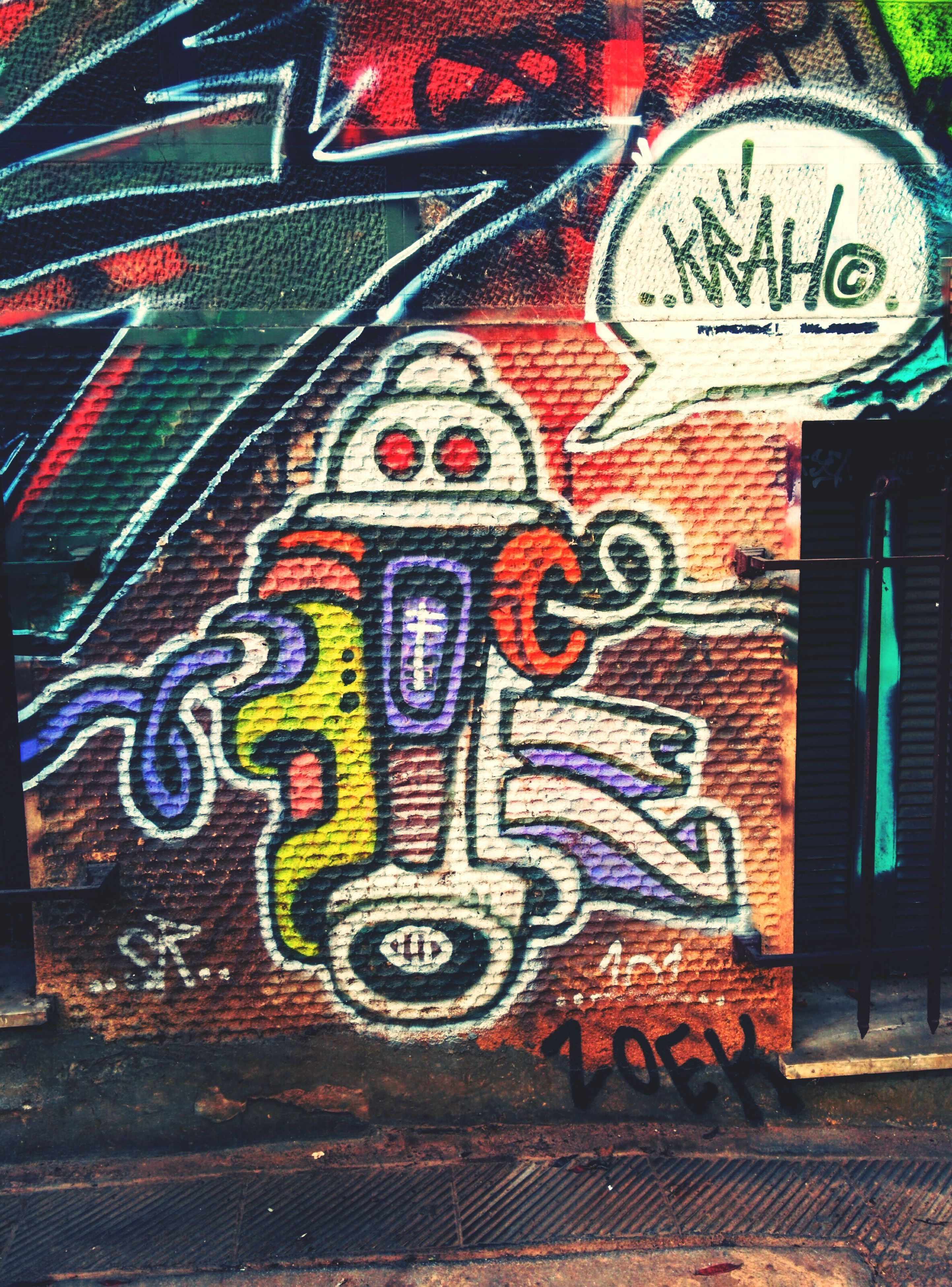 graffiti, art and craft, art, creativity, text, wall - building feature, multi colored, pattern, built structure, architecture, communication, design, western script, brick wall, no people, building exterior, street art, wall, outdoors, close-up