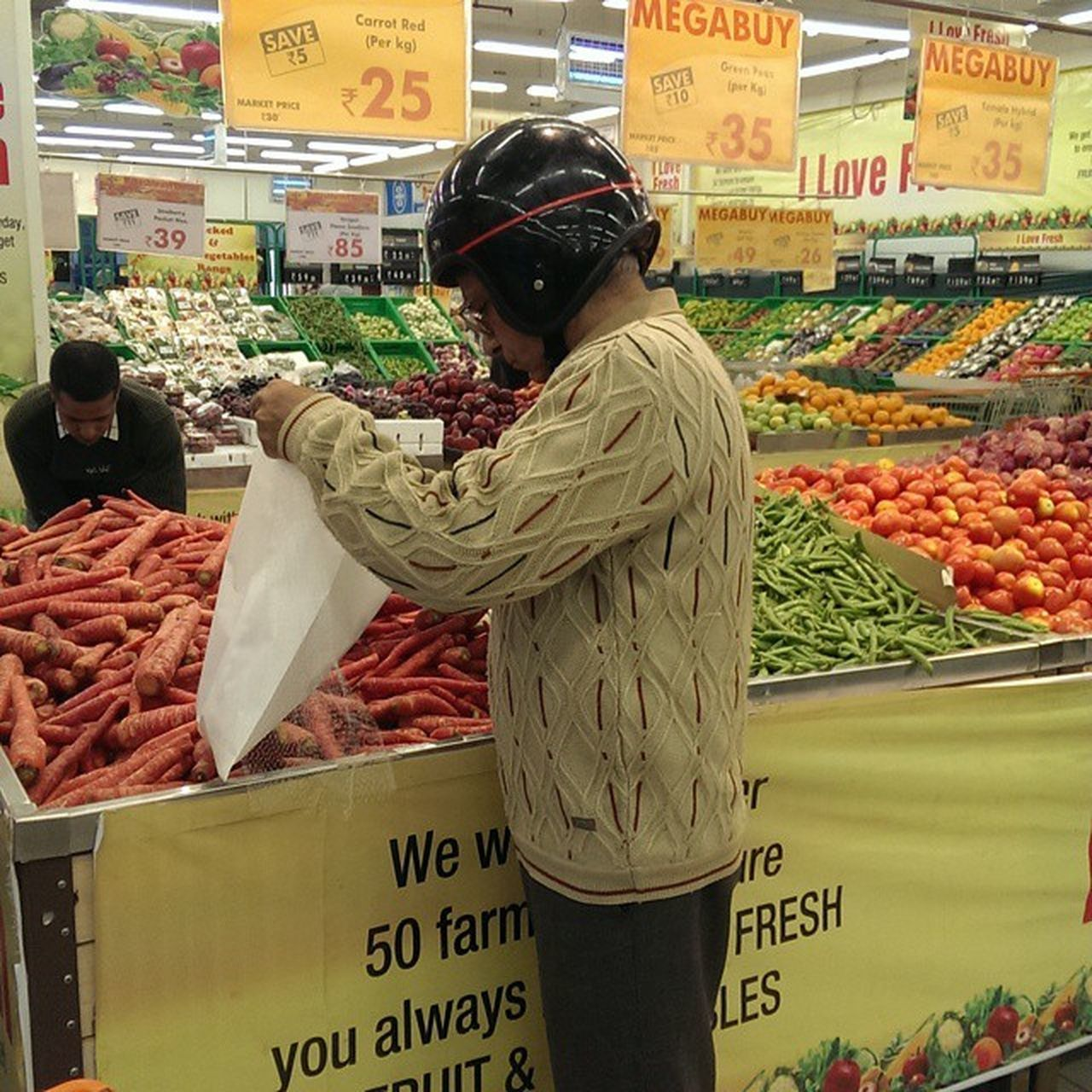 SAFETY FIRST Shopping Shoppingbelike Longdirve Longdrivepechal vegetablevegetablemarkethelmetdrivebillinggrocerymoremegastoremegastore