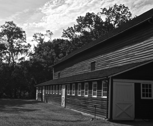 Built Structure Architecture Building Exterior Tree House Window Residential Structure Rural Scene Roof Sky Cottage Day Façade Outdoors No People Farm Solitude Black And White Njphotographer Monochrome Blackandwhite Photooftheday Non-urban Scene Architectural Feature Scenics