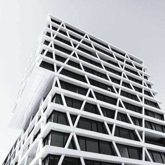 Mobilephotography Eye4photography  HuaweiP9 Taking Photos Lookingup Architecture Architectureporn Architecturelovers Architecture_collection Urban Geometry Black&white Battle Of The Cities Black And White Blackandwhite Black & White Architecture_bw Monochrome Photography