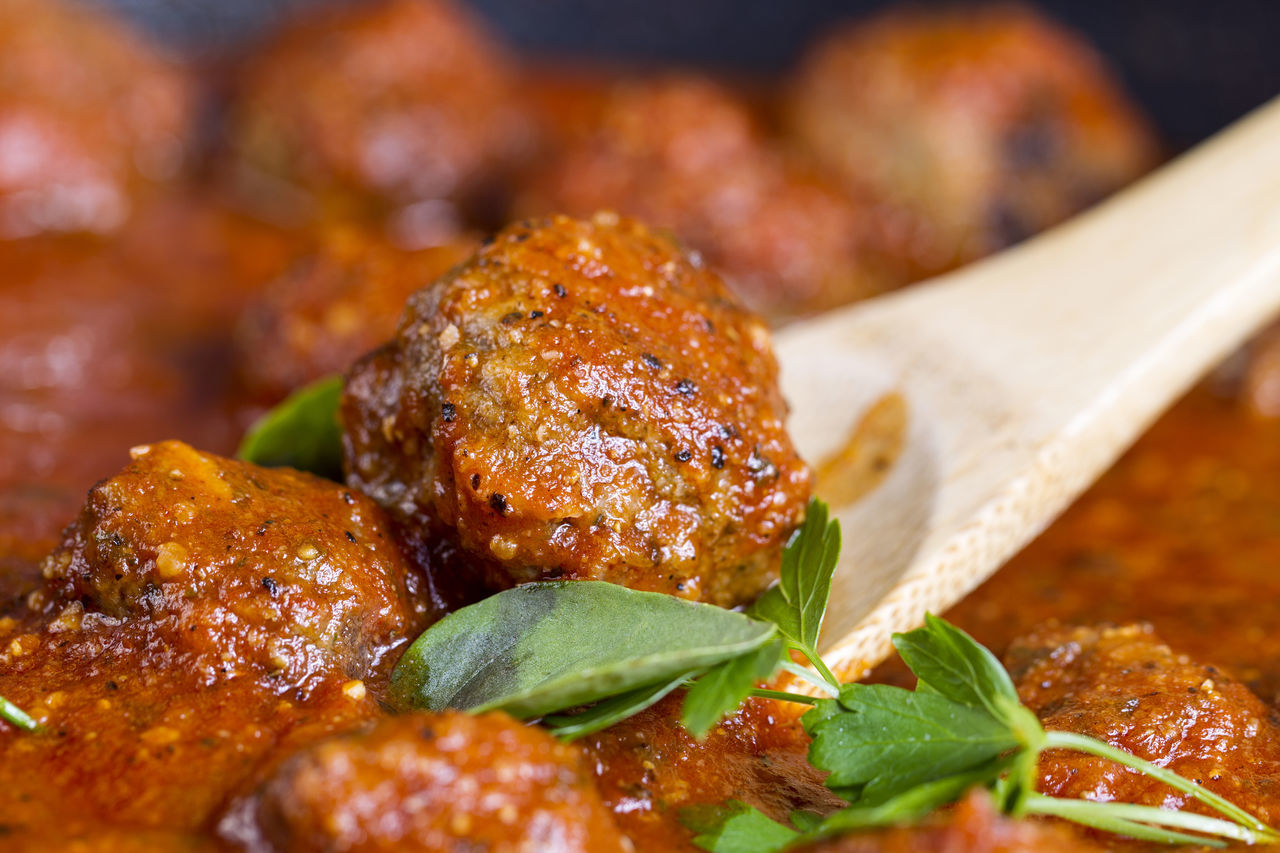 Homemade meatballs Close-up Cooking Day Ełk Food Food And Drink Freshness Gourmet Healthy Eating Homemade Food Indoors  Leaf Meatballs No People Ready-to-eat Roast Chicken