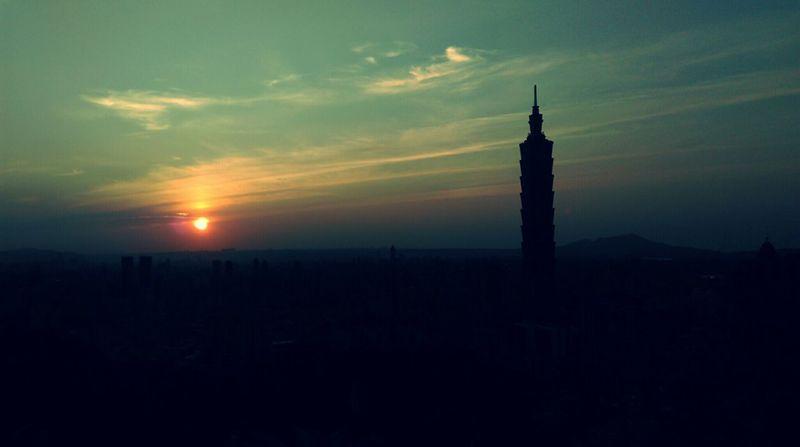 Taipei 101 !! 😊 Sunset Beautiful Hiking Practice Portofolio