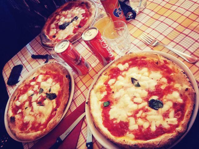 Comida en Nápoles Food Italy Travel Pizza
