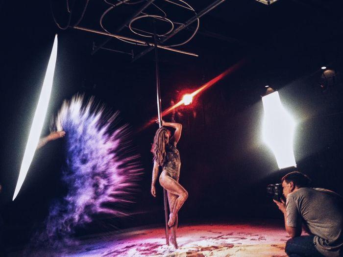 Фото сессия с мукой у меня в студии студия мука модель Москва пилон танец First Eyeem Photo