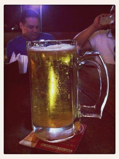 Chop com os amigos Chop Beer Cerveja Amigos
