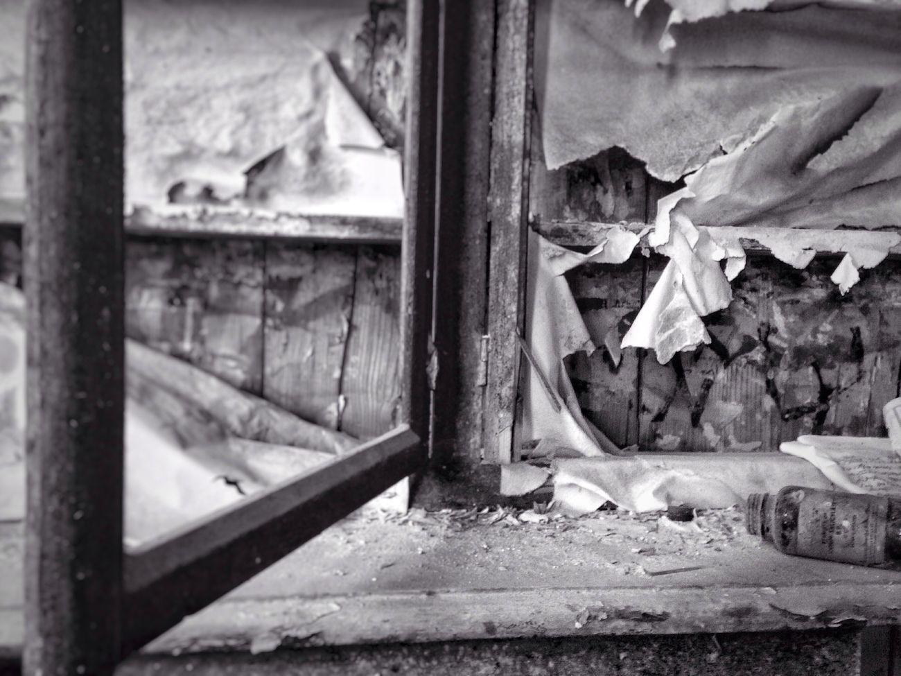 Urbex Damaged Pharmacy Abandoned Abandoned Places