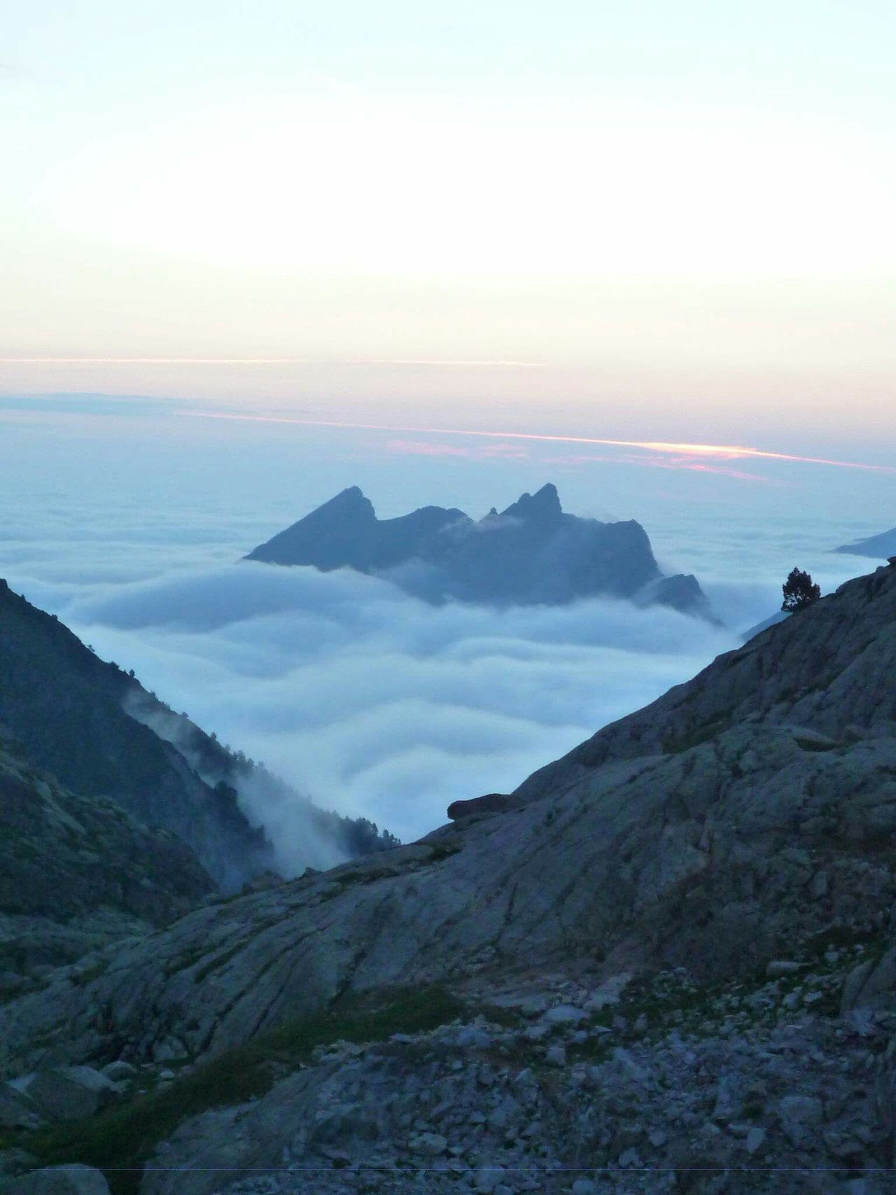 Beautiful stock photos of sonnenaufgang, Beauty In Nature, Cloud, Day, Mountain