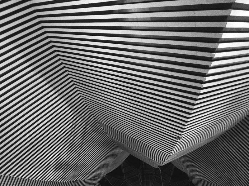 Dies ist das Dach vom Tempodrom in Berlin Architecture Architectural Detail Minimalism Blackandwhite Dach Nicospecial.de 😚 Zeltdach Circus Tempodrom Berlin Circus Tent Rooftop The Architect - 2017 EyeEm Awards