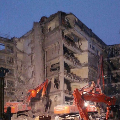 Hamburg Baustelle Abrissbirne Wanderheuschrecke Plage Destruction Knockdown Tearing Tearing Down Tech Technology