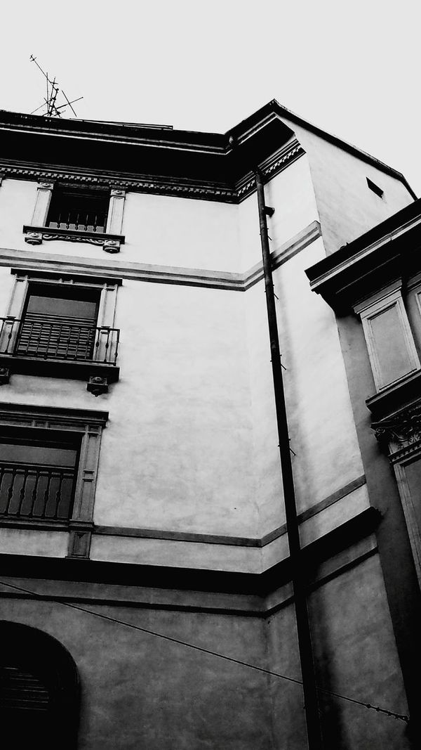 Architecture_collection EyeEm Gallery Details Eye4black&white  Architectural Detail Architecture Urban Architecture Shades Of Grey