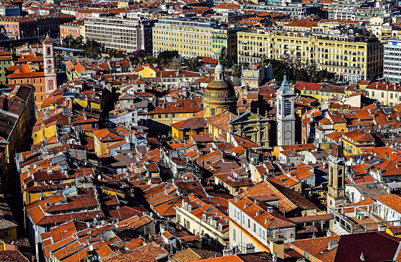 On the roofs of Old Nice.