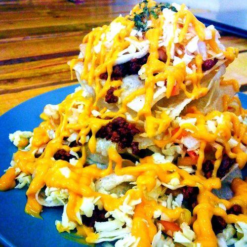Jefferson Starchips Nachos Duo with @wengskhalifa at Chef Paul's. 🍴 🐒 Chefpauls 2ndtime Nachos Foodie overload merienda foodamology vscocam vsco vscobeau foodtrip foodporn food