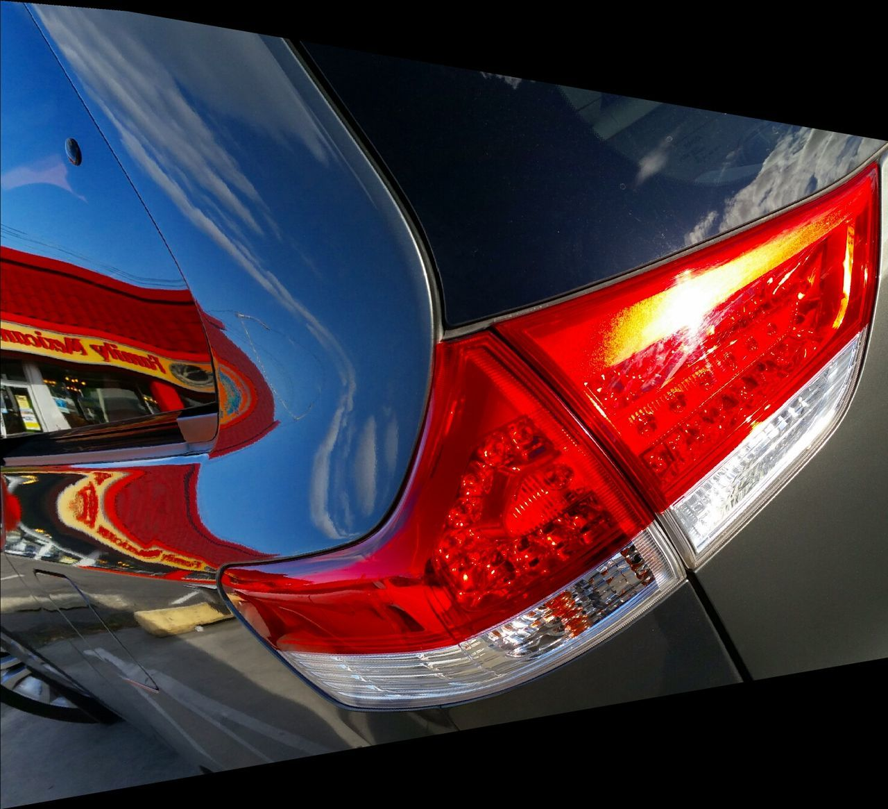 Taillight /Reflections Abstract Abstractions In Colors Abstracted Abstraction Reflections Fine Art Photography Fineartphotography Fineart_photo Beauty In Ordinary Things Beautyineverything Nothingisordinary Nothingisordinary_ BestofEyeEm Showcase June Visualoftheday Artcurial Carparts Automotive Taillight Tail Light Meinautomoment