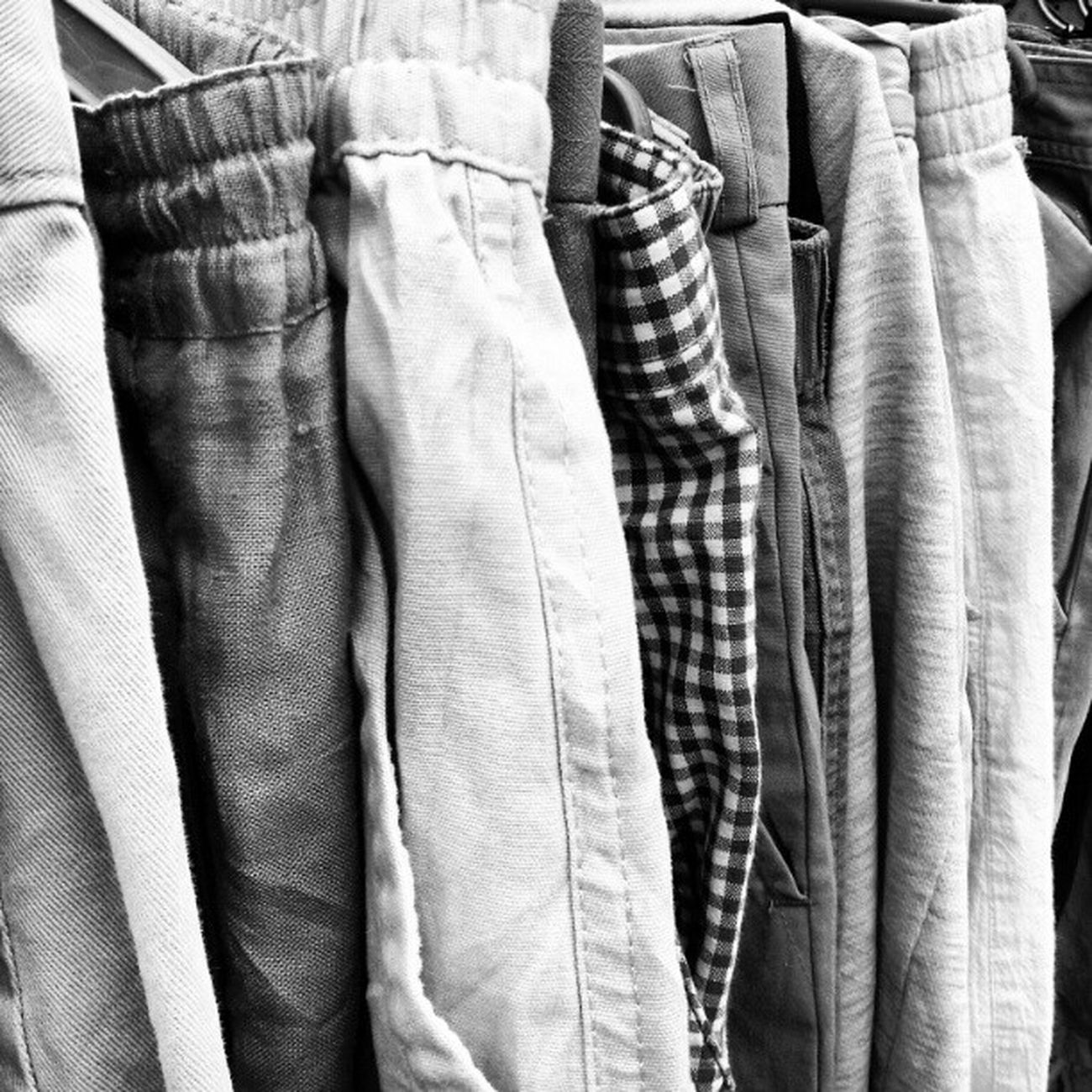 Odd man out. Street Candid Photooftheday Clothes Patterns Oddity Pattern Pieces Pants