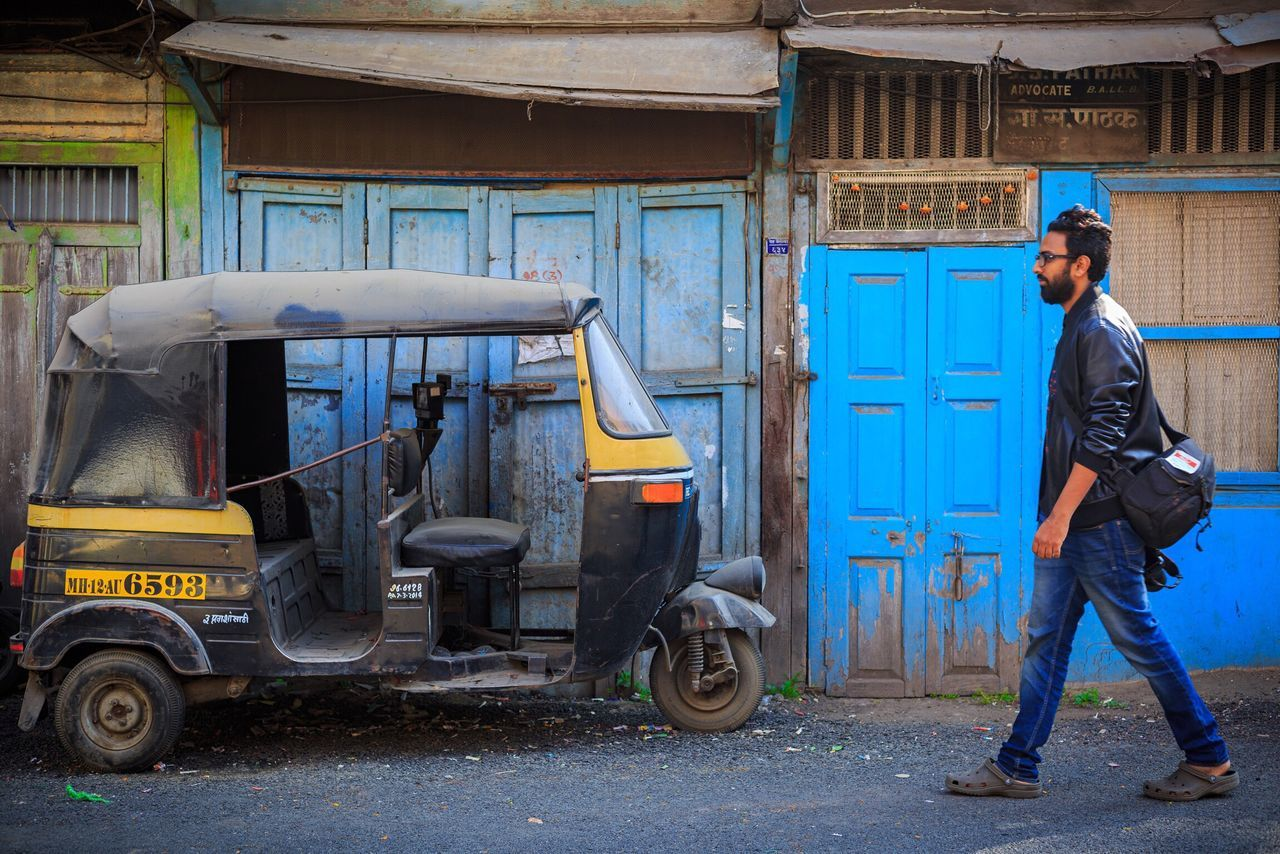 Cool Street Blues. Pune, India. Full Length Only Men Outdoors Working One Man Only Adults Only One Person Manual Worker Men Occupation Adult Day People Young Adult Snap A Stranger