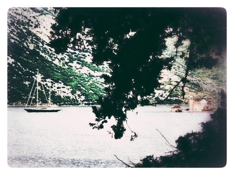Bay Going Sailing Montenegro Frame It!