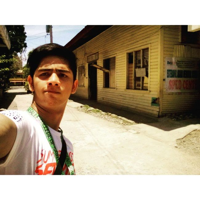 Good afternoon. I feel hot! Because it is sunny . Kabankalan 042915