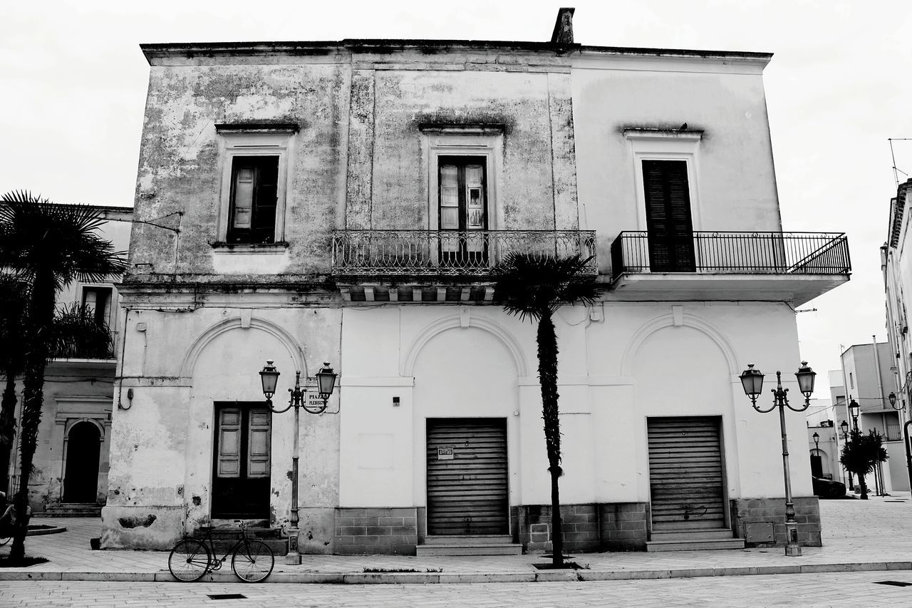 Architecture Built Structure Building Exterior Closed Window Transportation Outdoors Sky Entrance Façade Day Historic History Architectural Column Town No People Salicesalentino Lecce Lecce - Italia Architecture Travel Destinations Salento Puglia Italia Europa