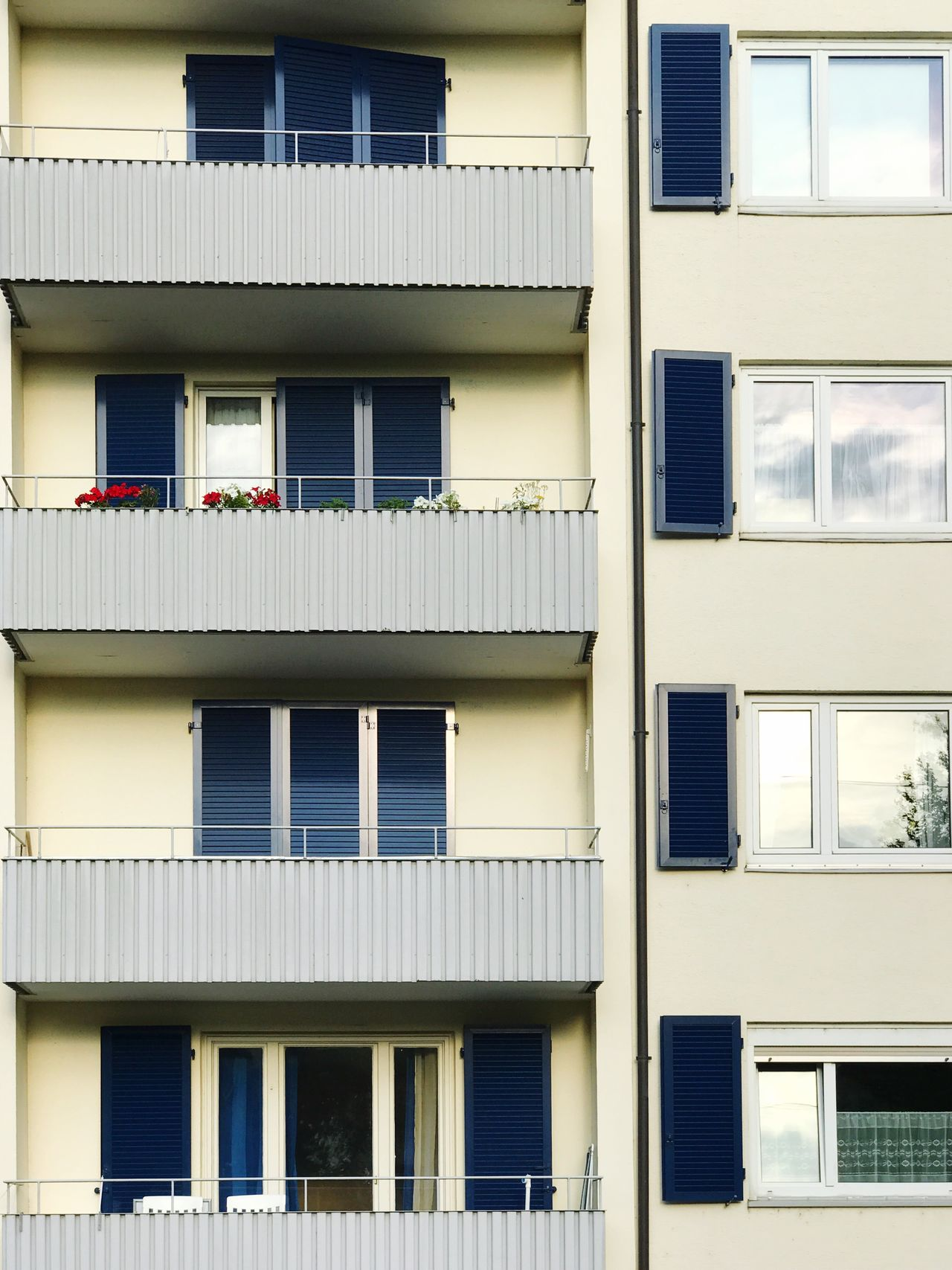 Window Building Exterior Architecture Built Structure Balcony Residential Building Day No People Outdoors City