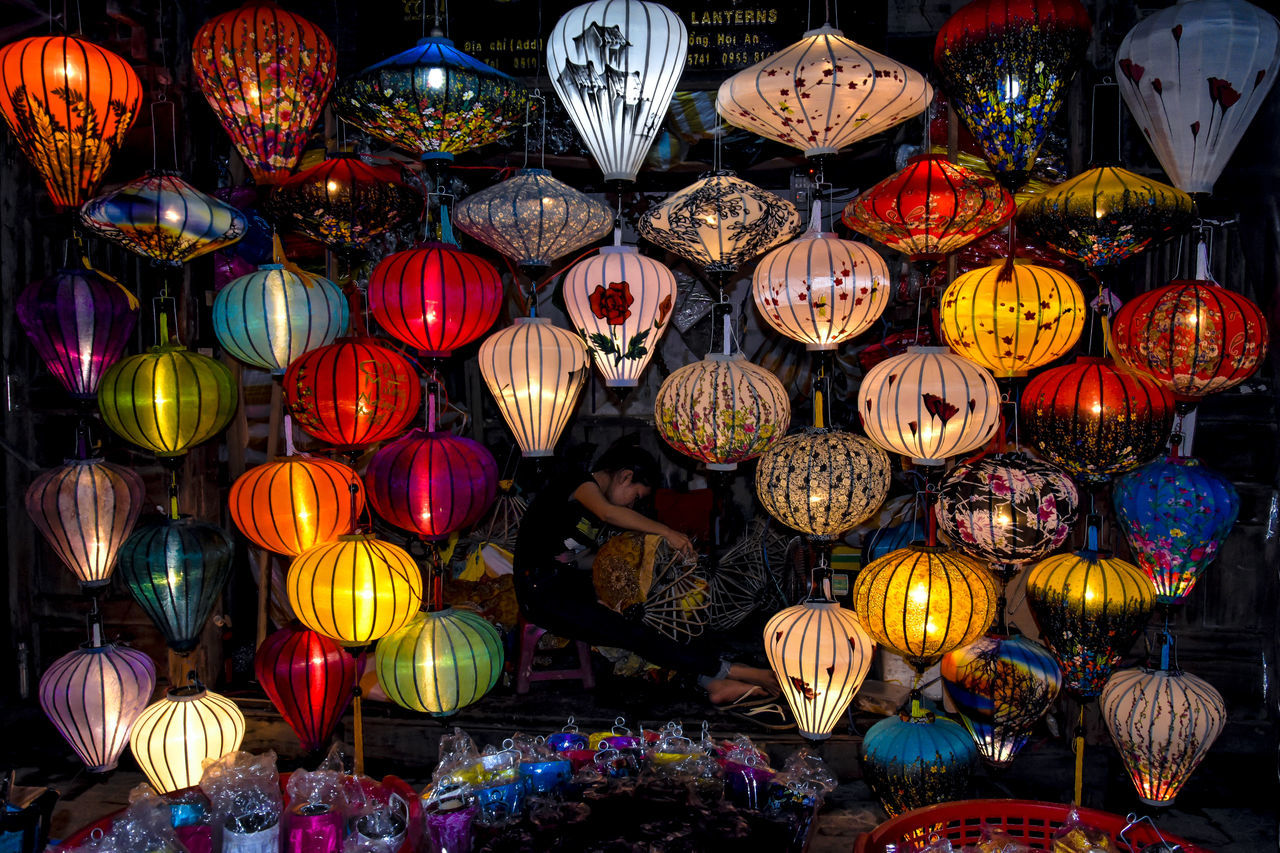Hoi An Vietnamese Vietnam Lanterns Lantern Festival Lantern Maker Art market Night Scape colorful Skilled Craftsmen Village Life tourist Asian  backgrounds