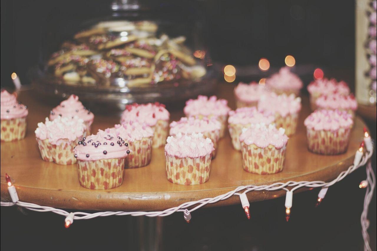 Beautiful stock photos of cupcake, Arrangement, Dessert, Focus On Foreground, Food