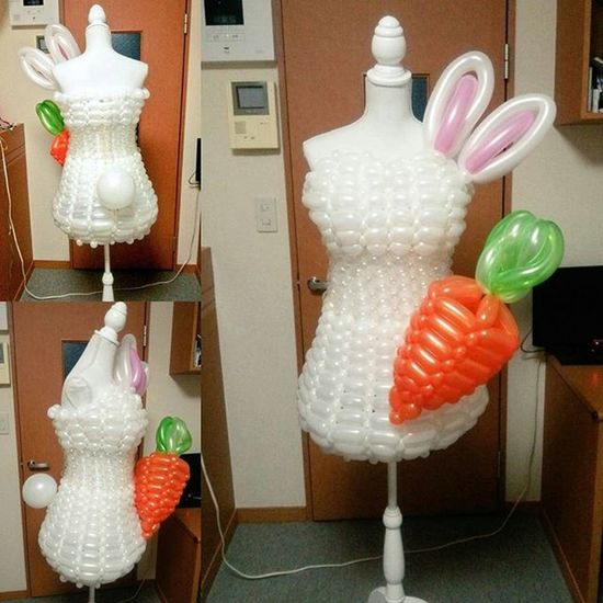 ウサギモチーフのバルーンドレス バルーンドレス 風船 バルーン うさぎ もふもふ 人参 兎 Balloon Balloondress Balloonart Rabbit Costume Easter Carrot
