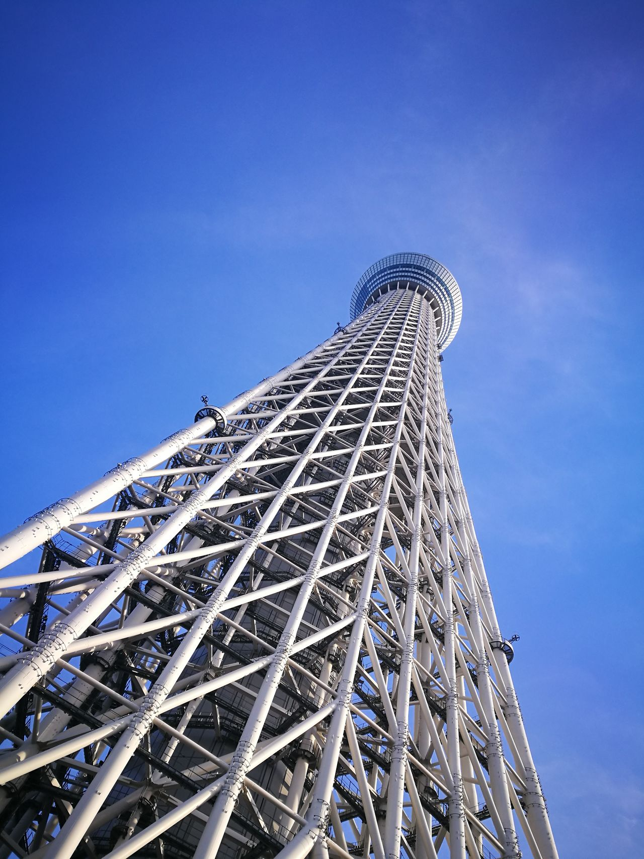 Low Angle View Blue Architecture Sky EyeEmNewHere Oshiage Tokyo Tokyoskytree Tokyo Sky Tree Japan HuaweiP9