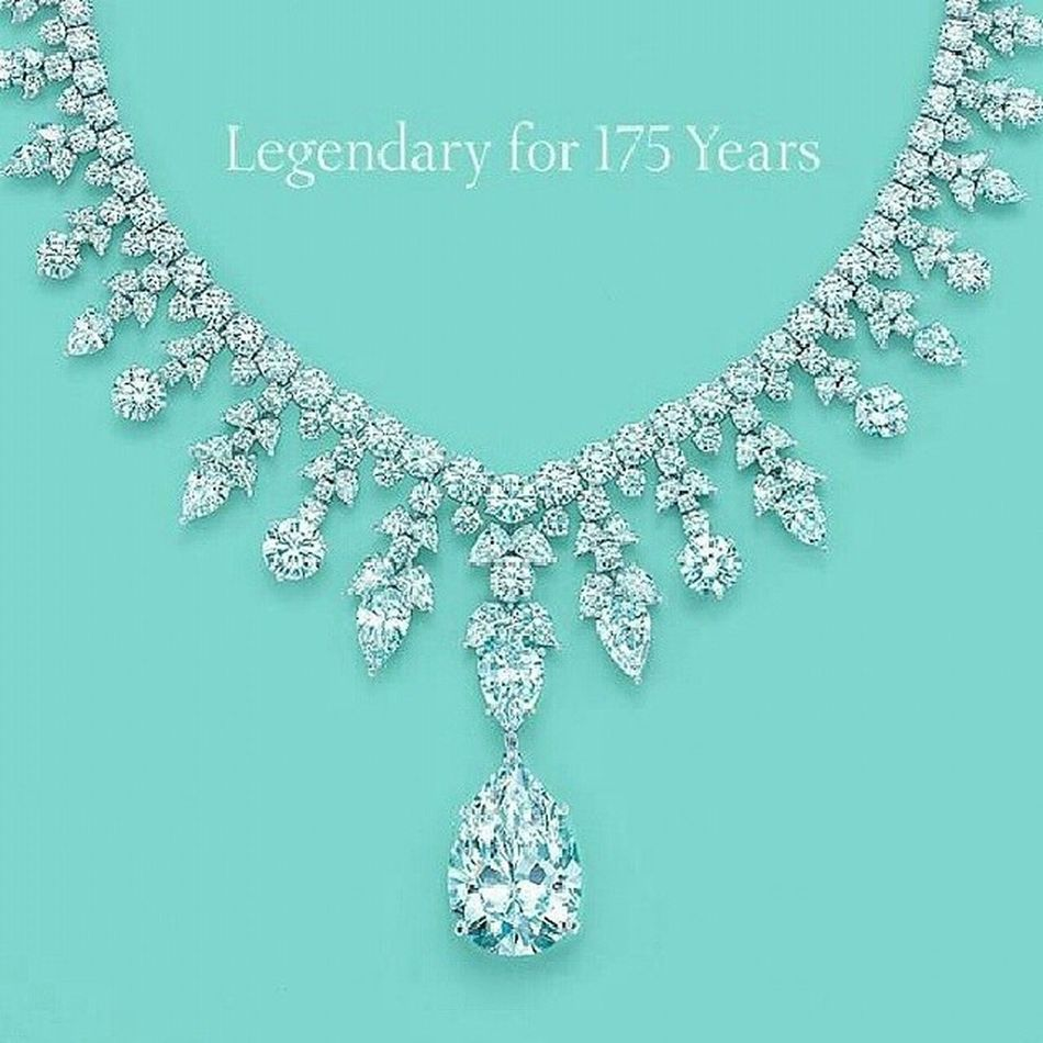 Gecenin bir vakti;) Tiffanyco @tiffanyandco Jewelry Jewellery Diamond Diamondjewelry Dream Amazing Necklace Loveit Beautiful Love Good Fashion Fblogger Gorgeous Fashioninsta Dream