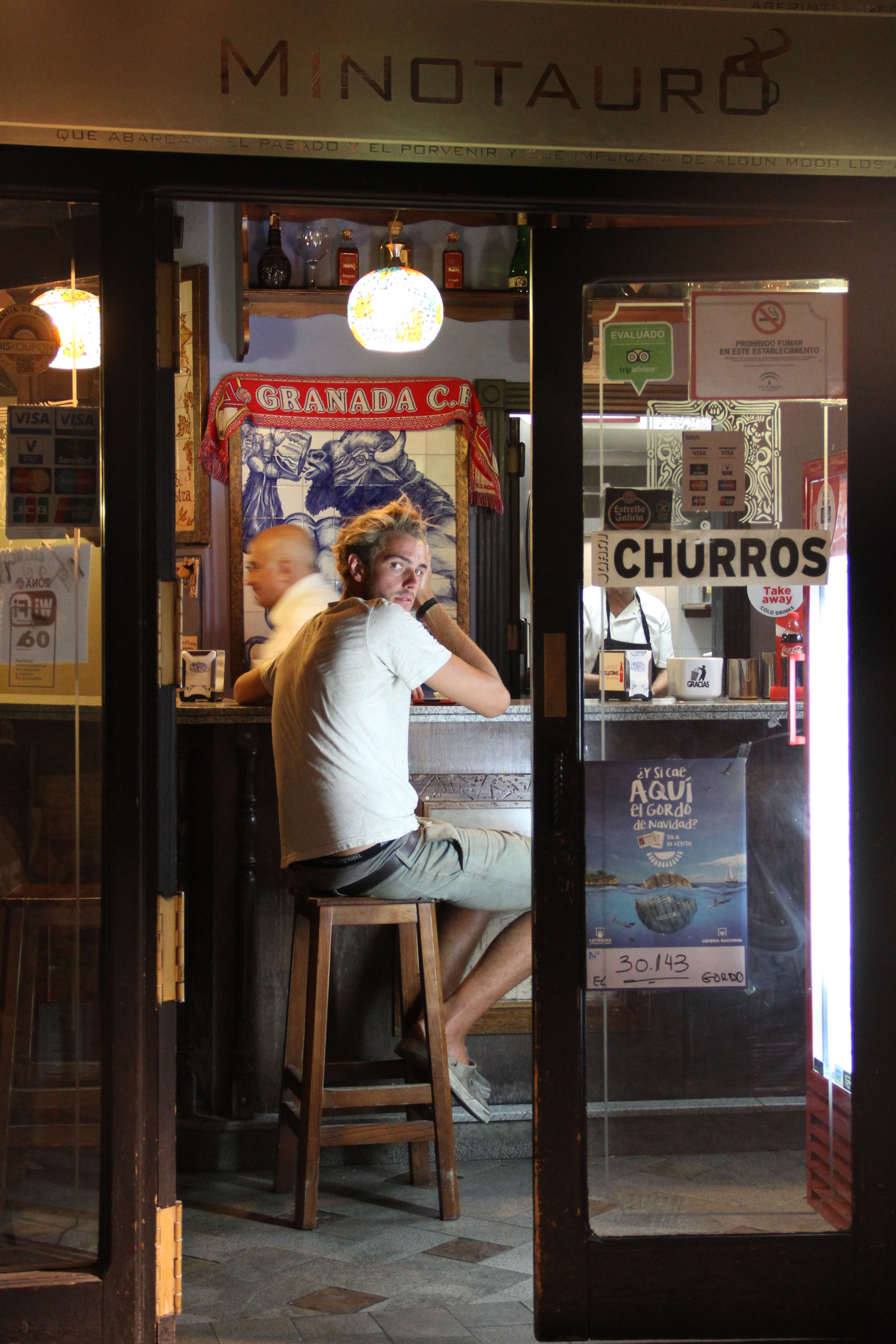 @LucianaLopezRec Adult Adults Only Beatiful Churros Churros 😝 Day Full Length Granadaturismo Indoors  Man Minotauro My Year My View One Person One Woman Only One Young Woman Only Only Women People Street Street Photography Streetphotography Young Adult Young Women