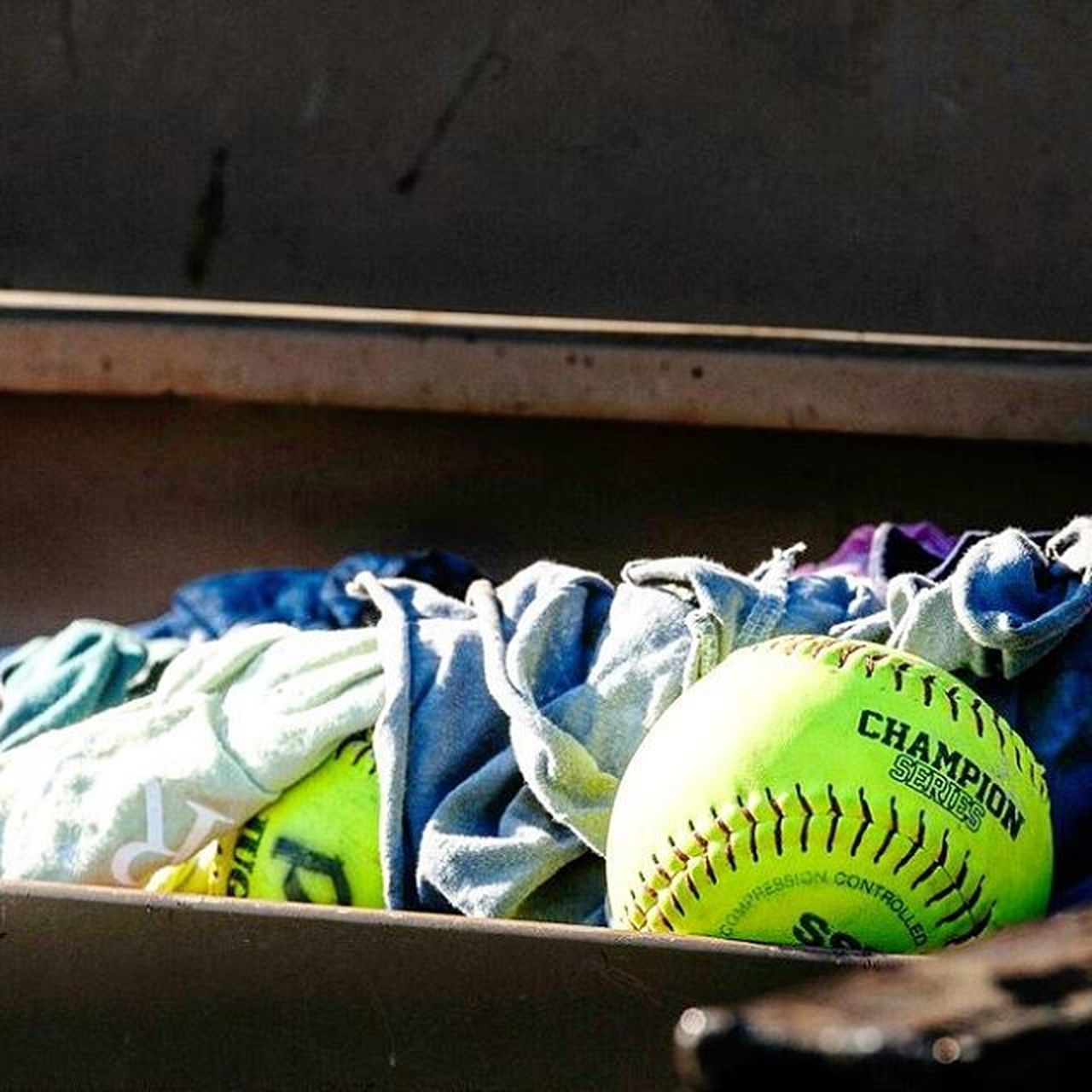 Game ball Sportsphotography Softball Softballplayer Sport