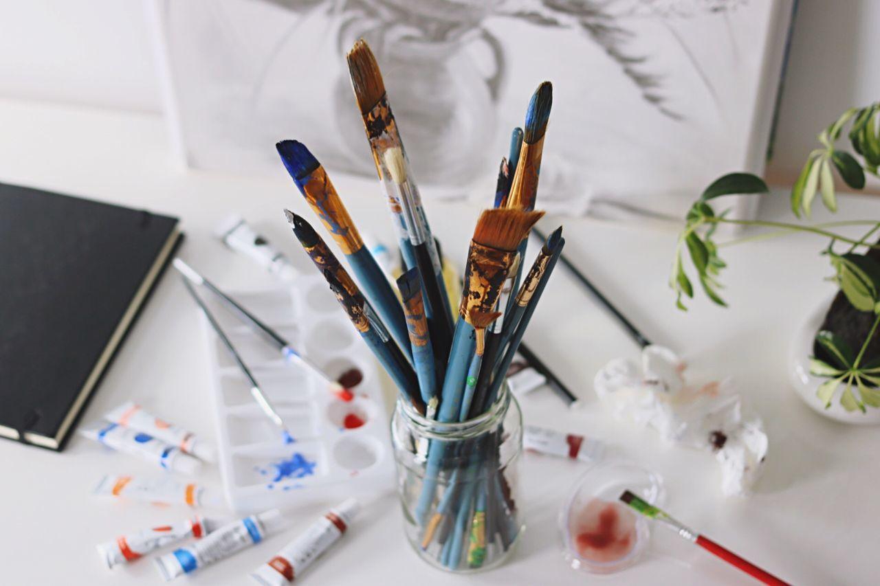 Paintbrush Art And Craft Creativity Studio Indoors  Art And Craft Equipment Equipment Palette Multi Colored Desk Organizer Artist Close-up Art Studio Day