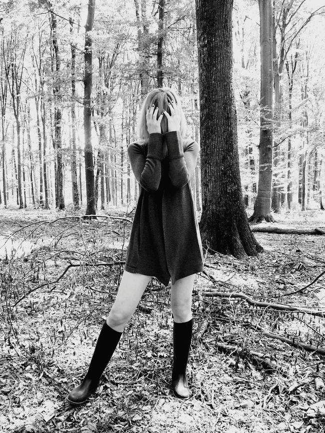 Hiding From The World Beauty In Nature Deep Into The Forest Hair In Face Forest Art Forest Human Legs Beauty Female Model Female Portrait Woman Portrait Blonde Woman Lifestyle The Week On EyeEm Beautiful Woman EyeEmNewHere Fashion&love&beauty Forest Trees Fashion Portrait Rubber Boots Hand On Hair Hands On Face Hands On Head Human Hands Mix Yourself A Good Time Lost In The Landscape Perspectives On Nature Rethink Things Be. Ready. Black And White Friday