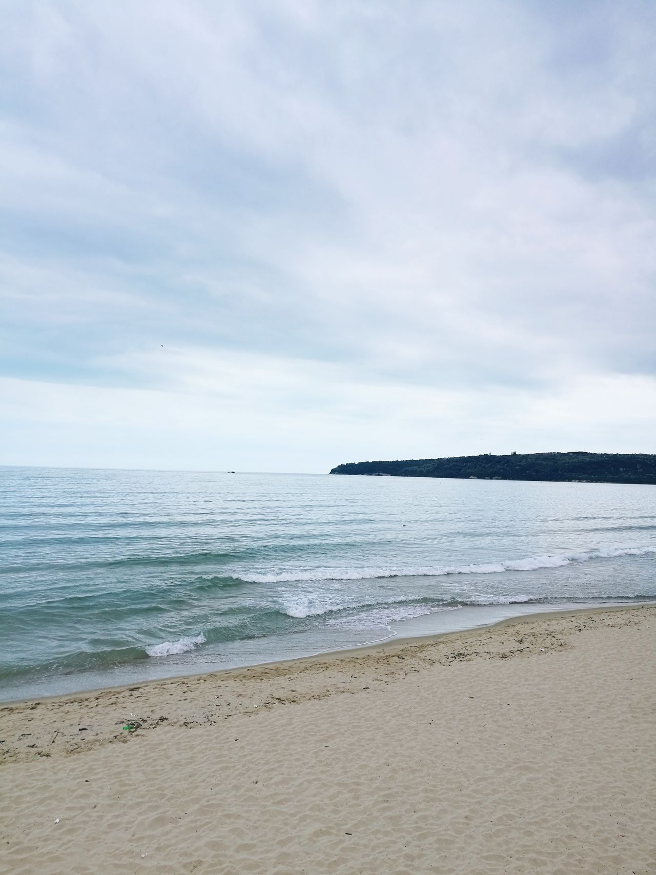 Beach Sea Sand Tranquil Scene Horizon Over Water Cloud - Sky Tranquility Landscape Scenics Water's Edge Nature Beauty In Nature Idyllic Coastal Feature Vacations Water Tourism Travel Destinations Outdoors Travel