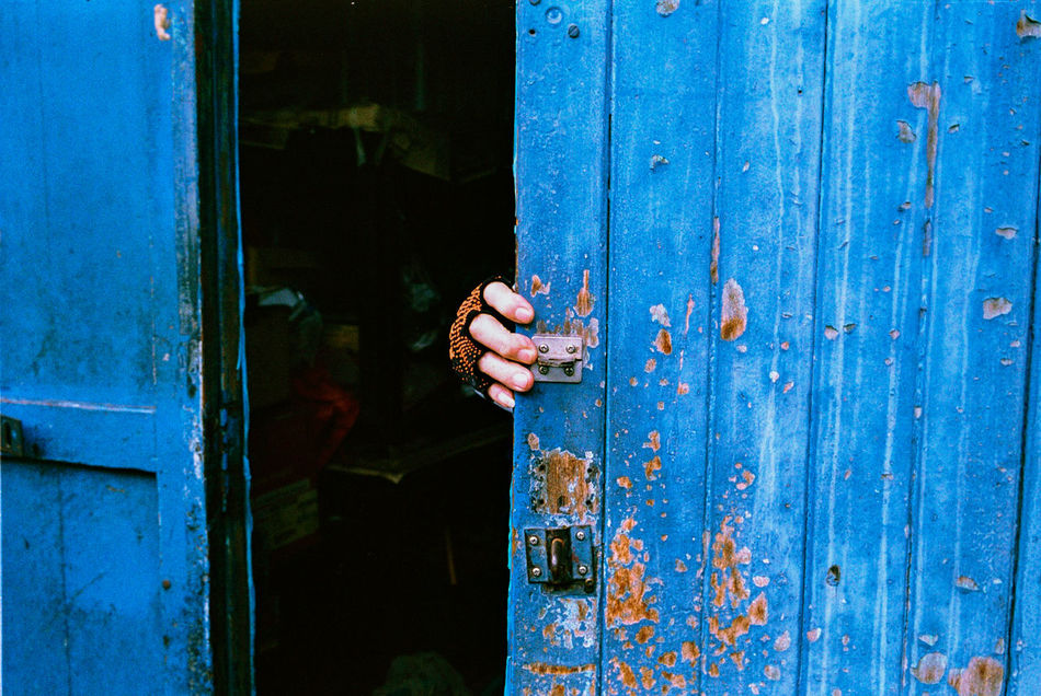Beautiful stock photos of goodbye, Blue, Cropped, Day, Holding