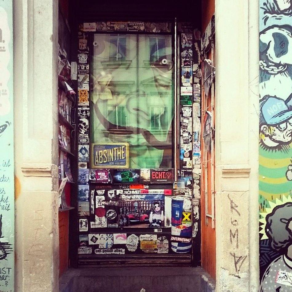 Neustadt Streetart Grafitti Dresden Holfix door beauty