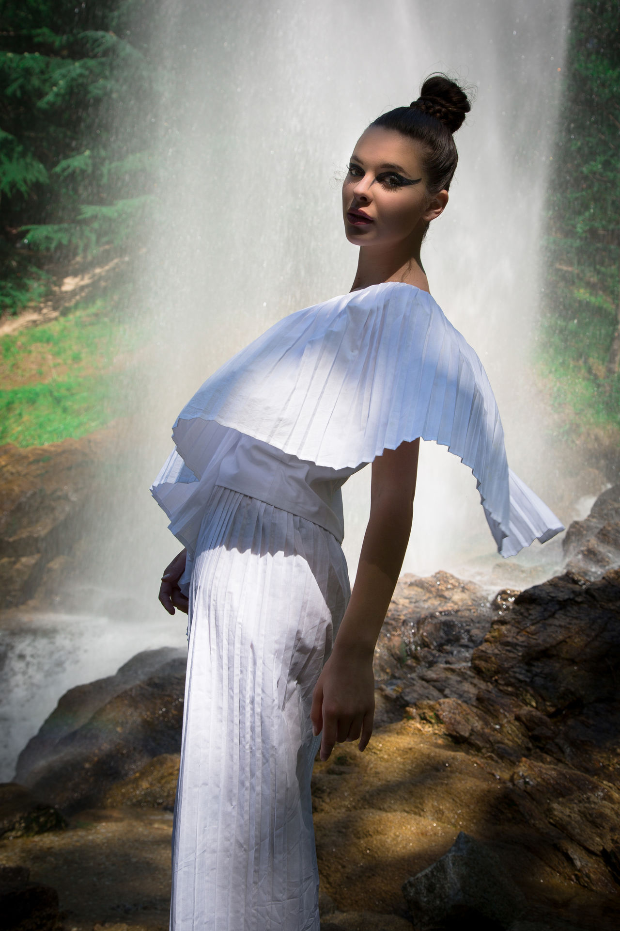 my pic for stylist Micha Ewande new collection :) Beautiful Woman Beauty Beauty In Nature Day Fashion Photography Fashion&love&beauty Fashionable Lifestyles Nature One Person Outdoors People Real People Scenics Standing Stylist Tree Water Waterfall Young Women
