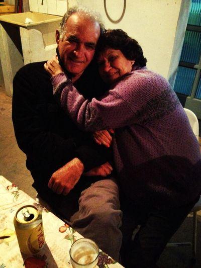 Julie e Kadu Moliterno... Kkk quer dizer tio Zé!!!