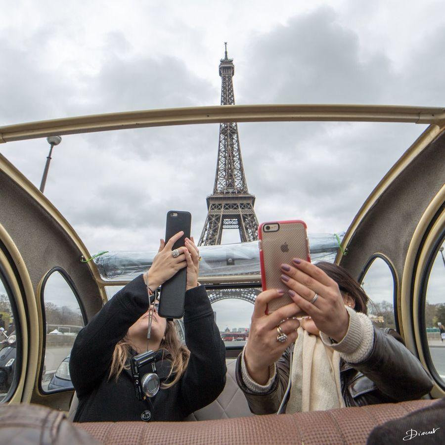 Paris Authentic Deudeuche 2cv Citroen 2cv Citroen Selfie ✌ Tour Eiffel Copines Awesome Showcase April