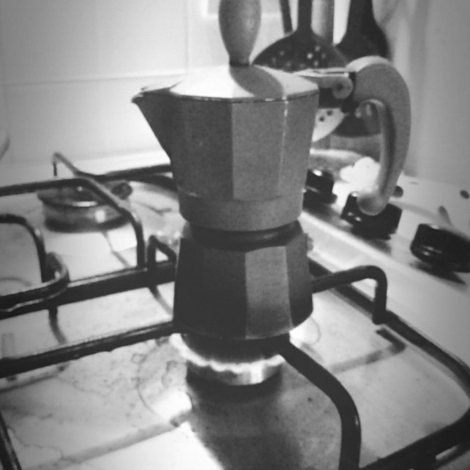 Quan c vo c vo Buongiornoooo 100happydays Tagsforlike Moka Caffè Caffeine AndroidPhotography Sulanapuleosannfa Jj  Kk Vivalavita