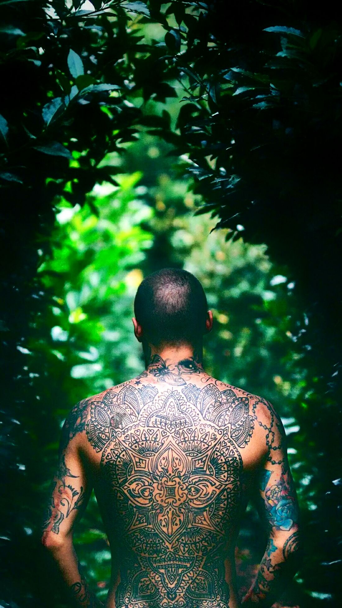 The Portraitist - 2017 EyeEm Awards Rear View Shirtless Muscular Build TattosLife Tattooslove The Great Outdoors - 2017 EyeEm Awards The Photojournalist - 20I7 EyeEm Awards Close-up Capture The Moment EyeEmNewHere Portrait The Week On Eyem Art Is Everywhere Minimalist Photography