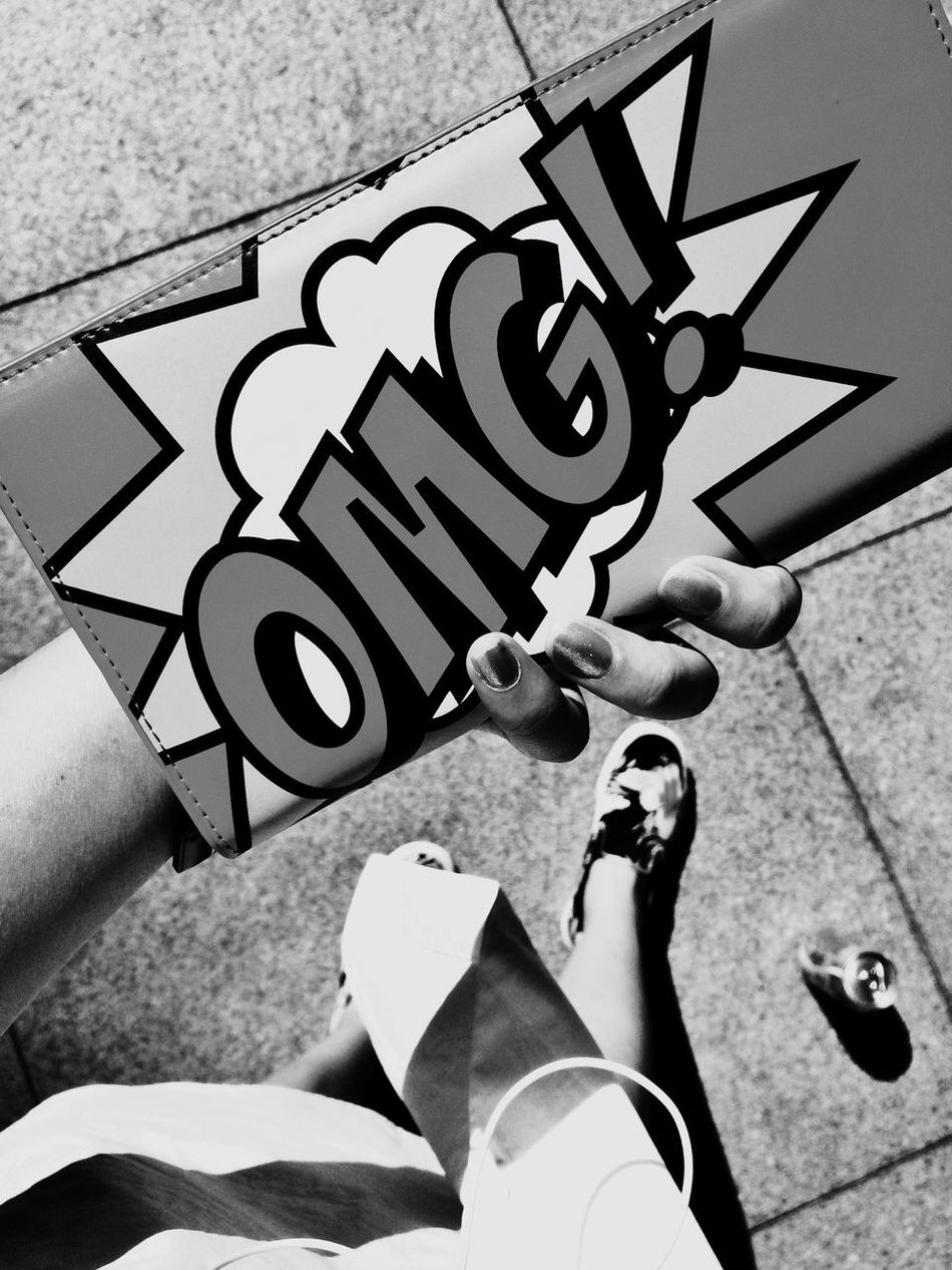 I didn't realize it would go through 520, but it doesn't matter anyway. Charles Kieth Beijing Black & White Converse First Eyeem Photo